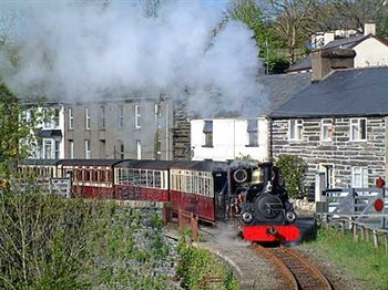 Betws-y-Coed, Porthmadog incl. Welsh Railway