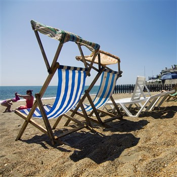 Deck Chairs - visitisleofwight.co.uk