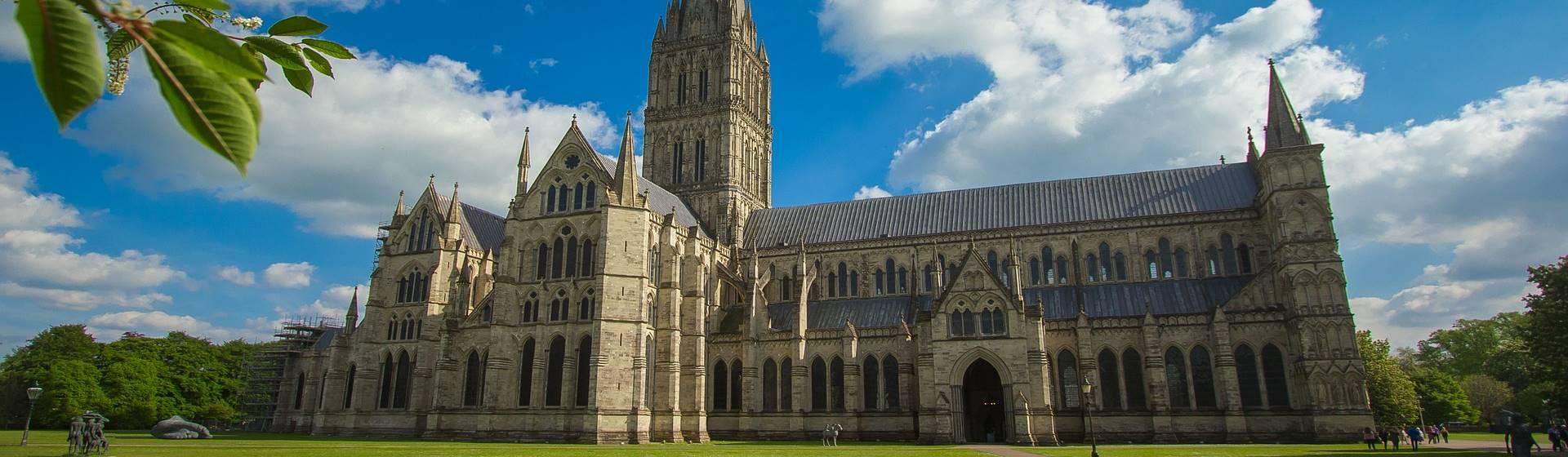 Stunning Salisbury & Wonderful Winchester